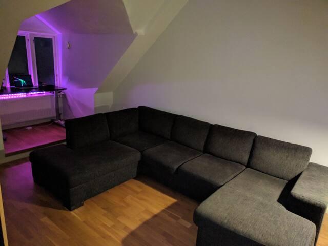 Cozy top floor apartment in central Alingsås