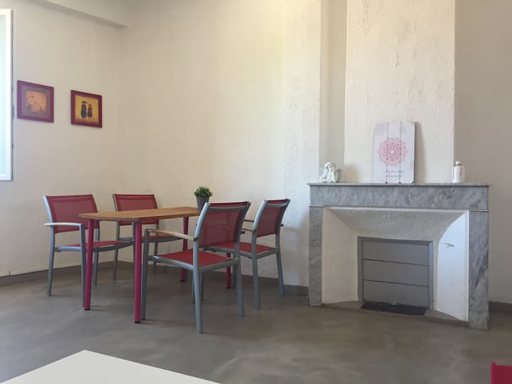 Appart 43 m2 - city centre Hyères -vue imprenable