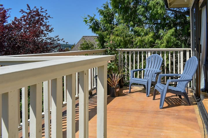 Enjoy the view and the sun from the rather spacious deck.