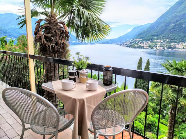 THE PALM - stunning view on lake Como! [6 pax]