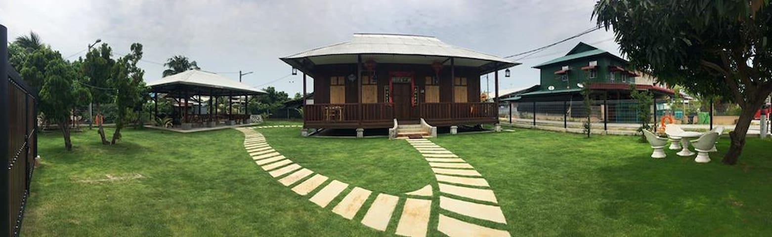 Tanjung Sepat 港湾居别馆