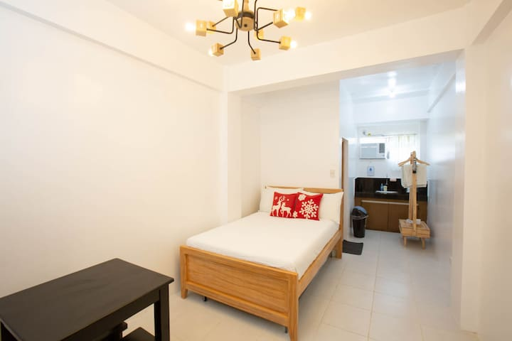 Town Center Rooms, Iba Zambales 4