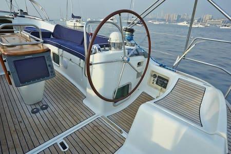 54 foot 3BR Luxury Yacht Mumbai Harbour