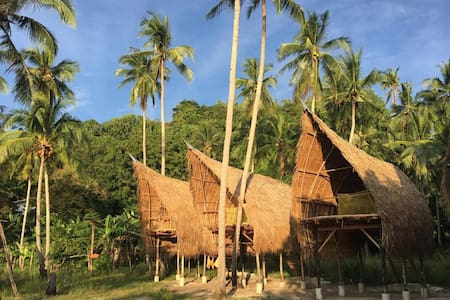 Isla - Elevated Bamboo Hut with Seaview 2