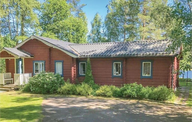 Holiday cottage with 3 bedrooms on 81 m² in Idkerberget
