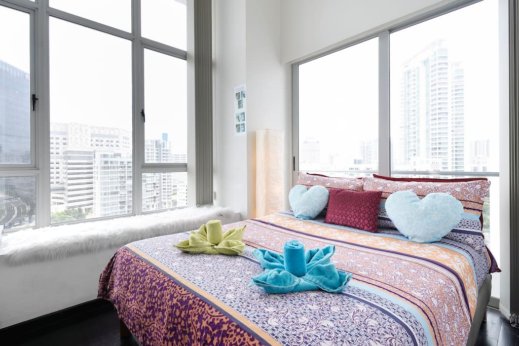 Master Bedroom w Queen Bed  -Professional photograph snapped in September 2018. Actual apartment may appear slightly more compact to some viewers. All rights reserved.