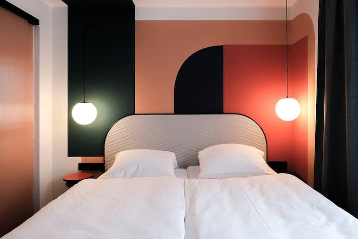 THE DOT 5 - room in Design Pension