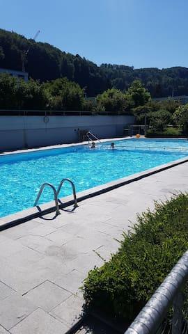 Top Wohnung + Swimmingpool 15min. zum Bahnhof Bern