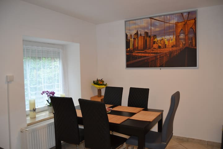Close to cologne messe, 5* quiet & cozy Apartment