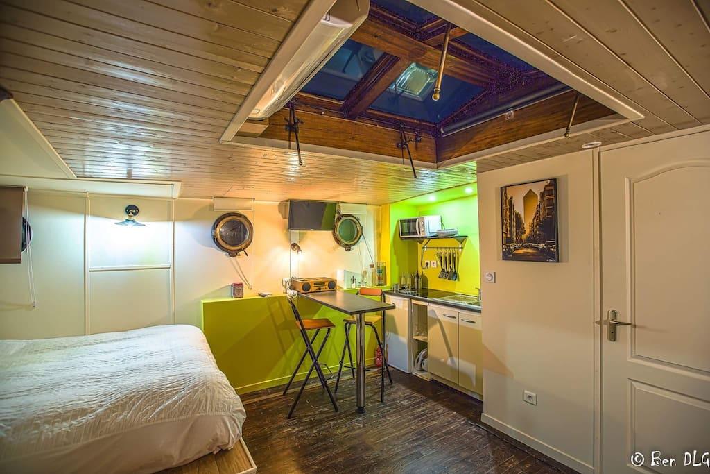 logement insolite et cosy sur une p niche p niches louer lyon auvergne rh ne alpes france. Black Bedroom Furniture Sets. Home Design Ideas