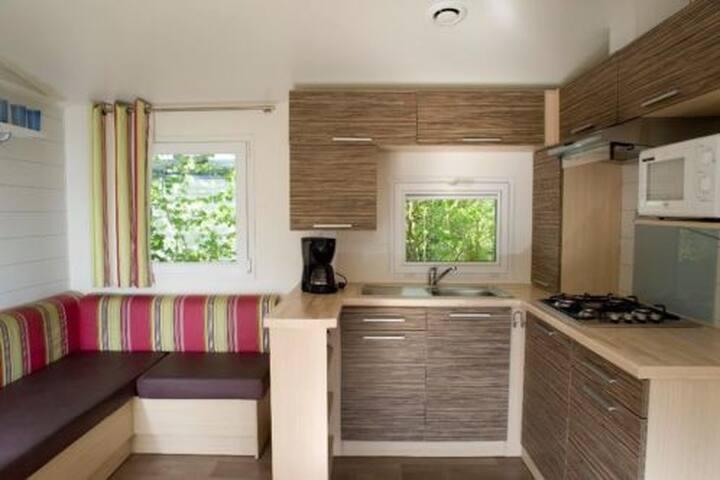 livingroom , Kitchen