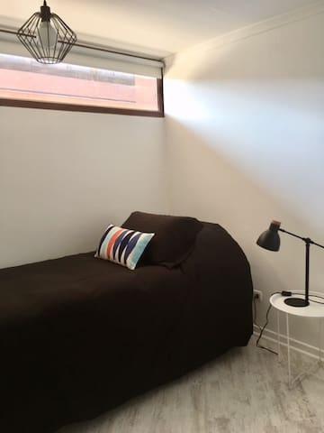 Dormitorio 02 con cama nido