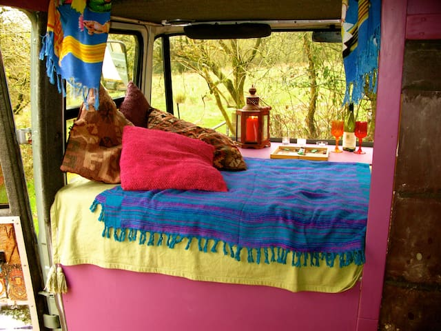 The Hippy Van - Coed-y-bryn - Camper/RV