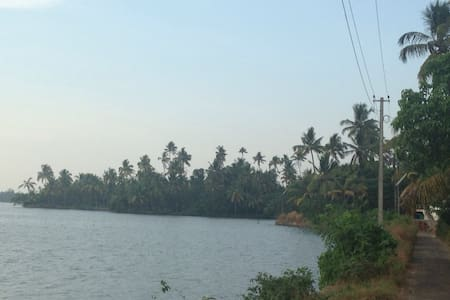 cherai backwater retreat - Ernakulam