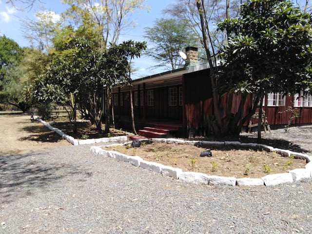 ALPHA HOMES,NAIVASHA (moi south lake road)FN-05