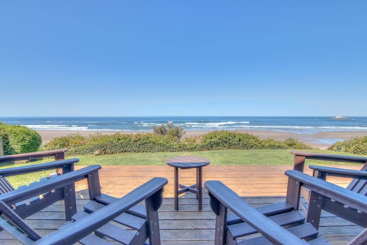 Changing Shores-Newly Upgraded Oceanfront Home with Panoramic Ocean Views