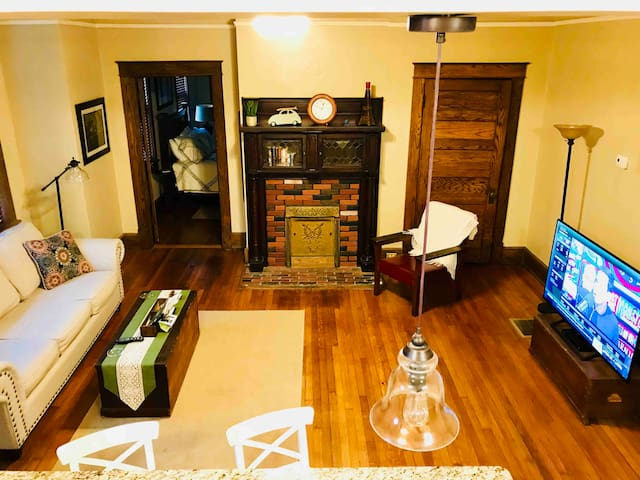 Luxury  apartment downtown Greenville on Main St.