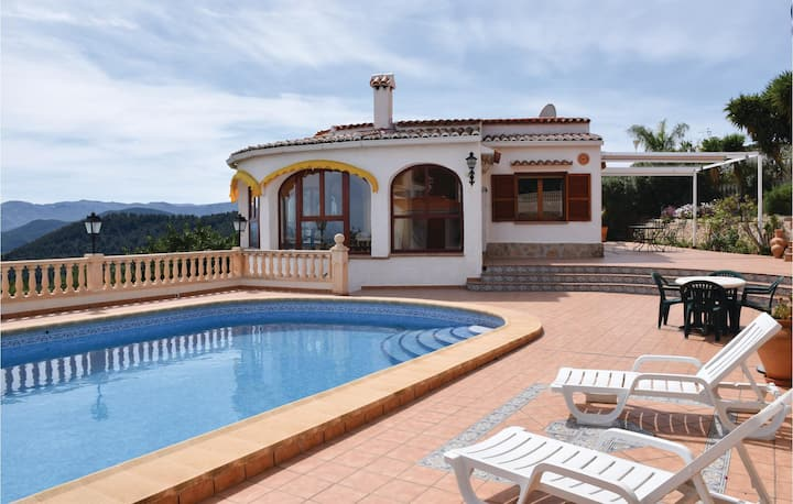 Awesome home in Oliva with 3 Bedrooms