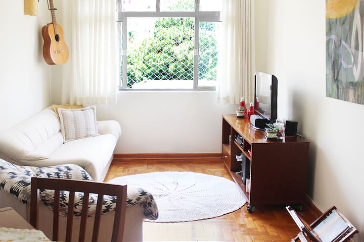 Cozy complete for 4 near Av. Paulista and subway