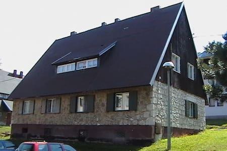 Josip Labaš has one room for three - Plitvička Jezera