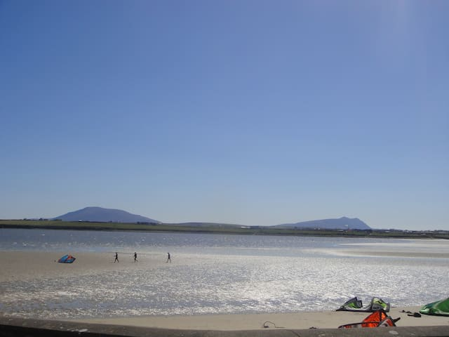 Near the sea & near the town too! - Belmullet