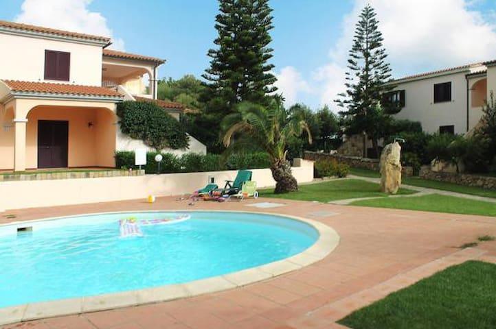 """Trilocale Residence """"Sa Pedra Romantica"""" PP F6"""