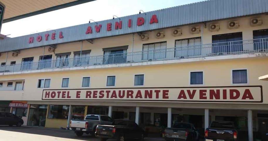 Hotel e Restaurante Avenida em Pardinho