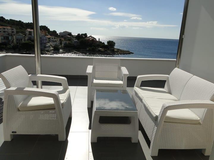 Villa Perla 2 -magnificent sea view