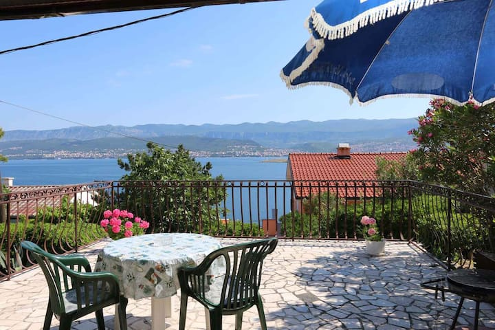 Studio for 2 persons with WLAN in Šilo R13757