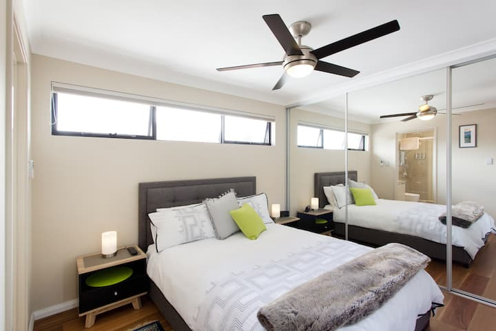 Private Secure Apartment + Parking near Perth CBD