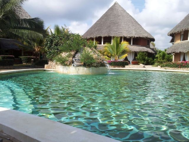 Tembo Court - Ocean Beach Resort ***** - Kilifi - Pis