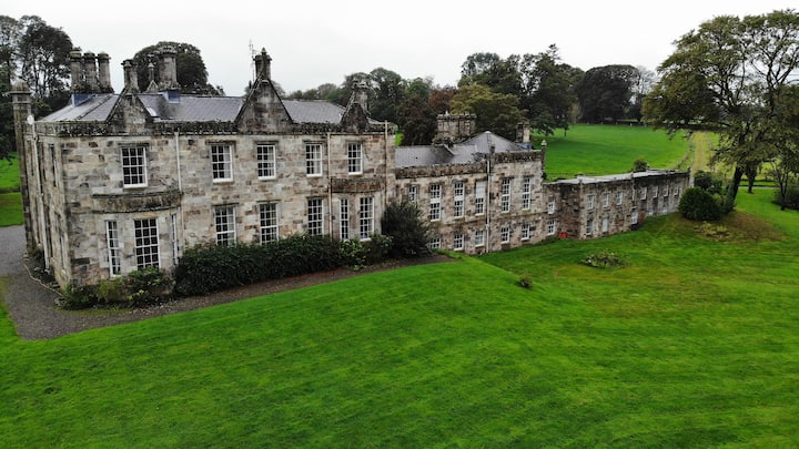 Fortwilliam Manor House & Estate for Forty Guests