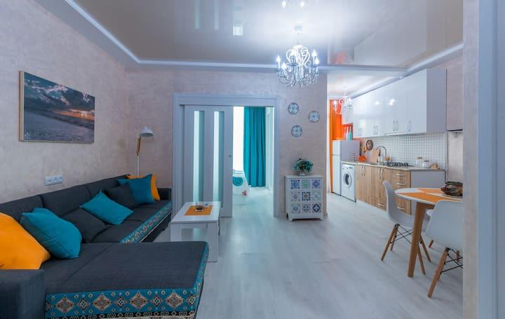 "Colorful and stylish apartment ""Mandar Inn"""