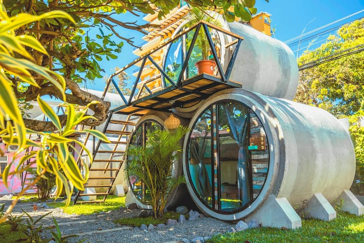 Selina Jaco - Cylinder Small Room
