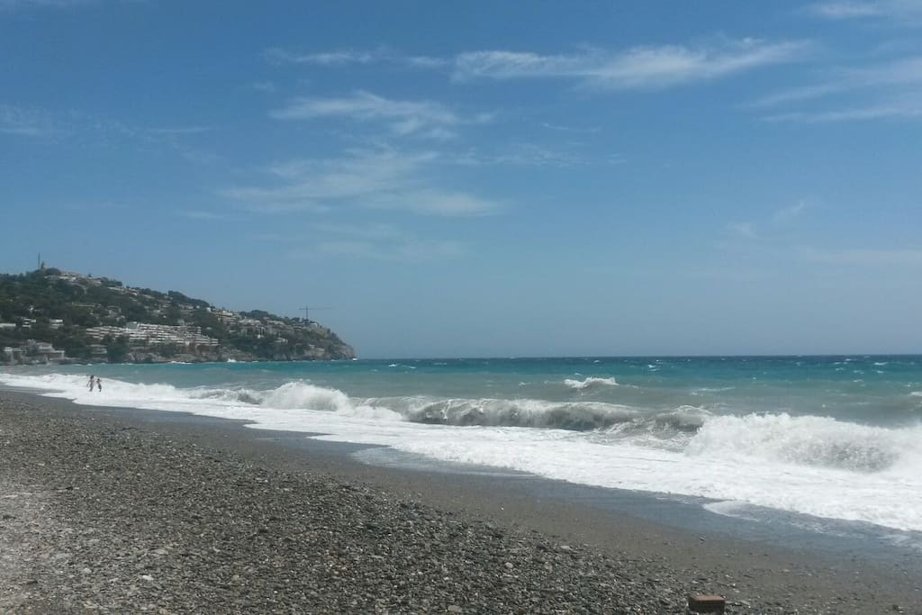 Perfect waves for watersports enjoyed in this stunning unspoilt location!