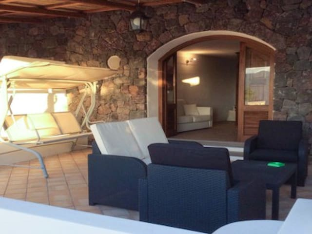 Eolian House Open Space