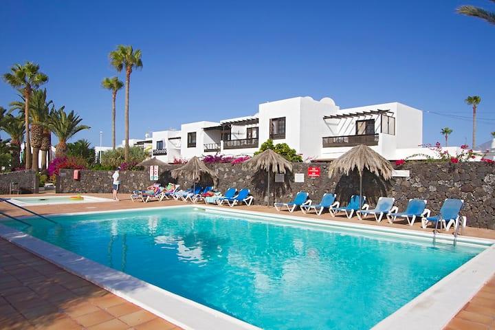 2 bedroomed apartment, Oasis San Antonio-Lanzarote