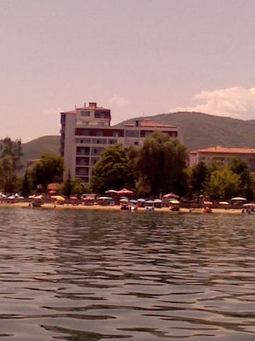 Right by the beach - Pogradec - Apartment
