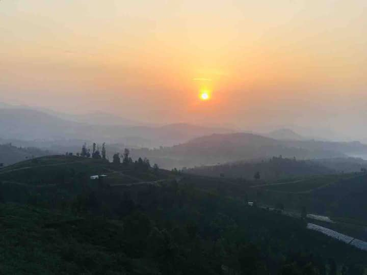 Summit Solitude, the mountain valley retreat