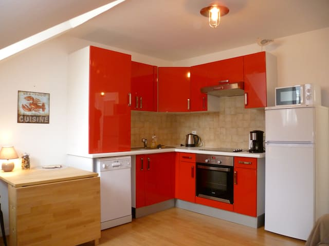 1 bedroom flat, sleeps 4, 250m from the beach - Cabourg - Appartement