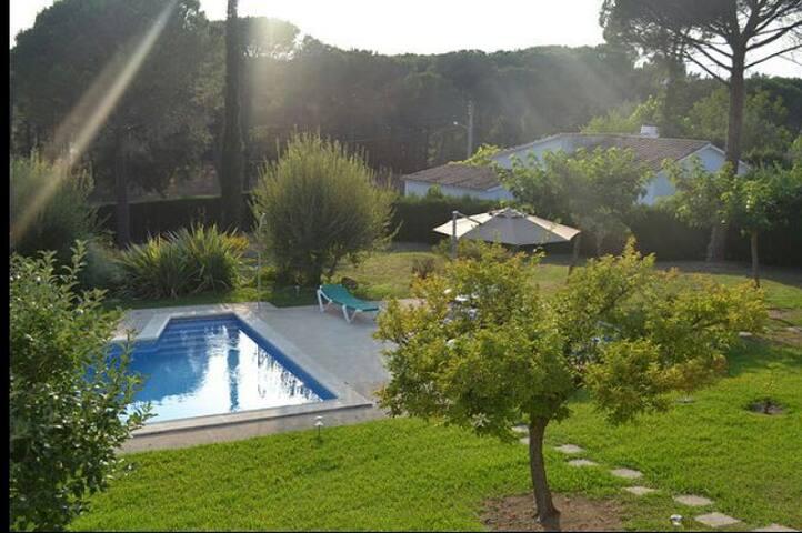 Villa avec piscine privatisée - Caldes de Malavella - Villa