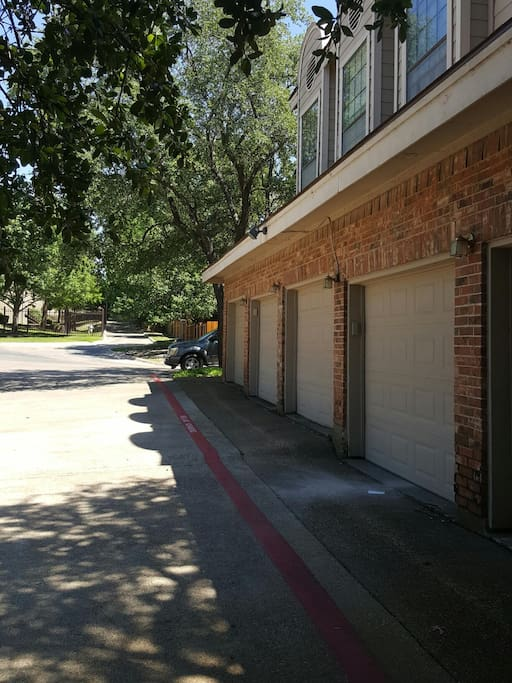 Enclosed one car garage.(directly linked to the condo ensuring maximum privacy)
