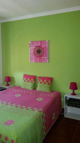 Beau 4 pièces confort et spacieux - Portimão - Apartment