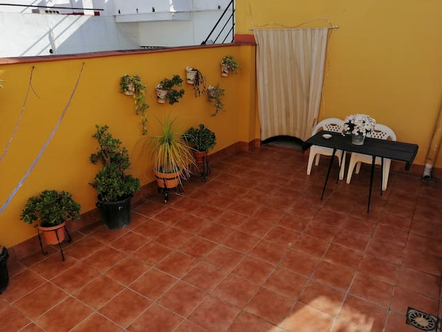 Private studio with private terrace and parking