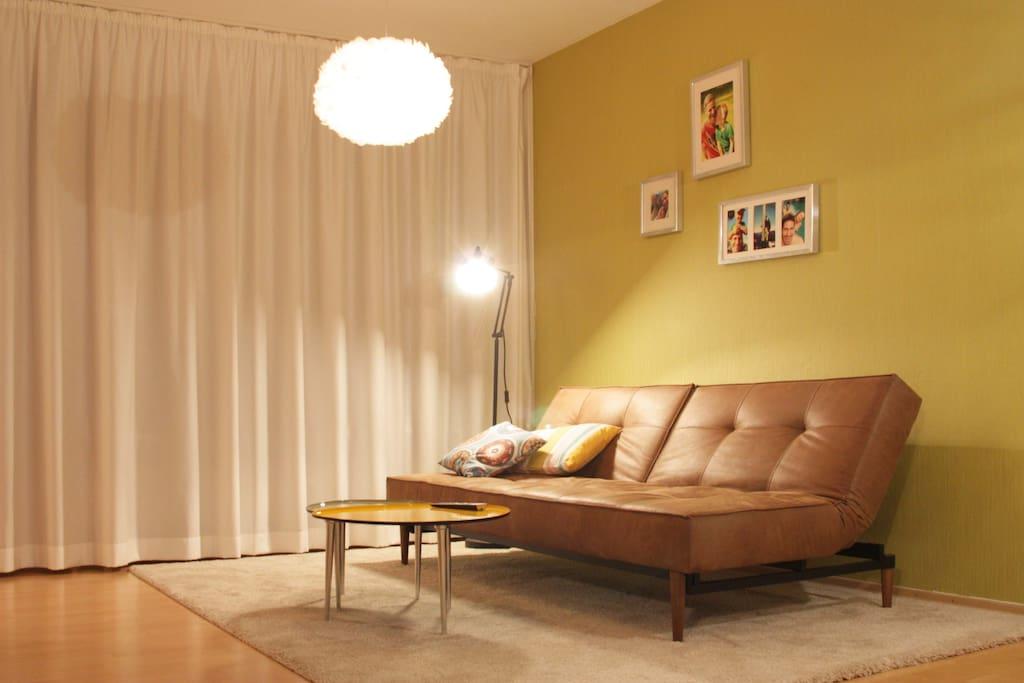 schicke wohnung in der city condominiums for rent in. Black Bedroom Furniture Sets. Home Design Ideas