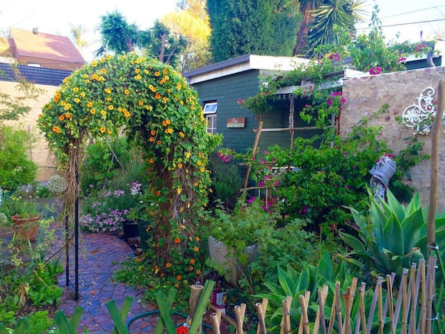 The Greenhouse - Johannesburg - Pis