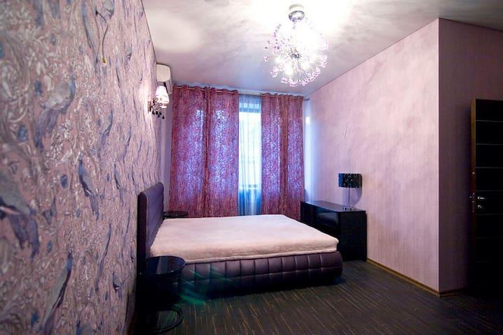 "Peacocks Room Villa Roza Arcadia Комната ""Павлины"""