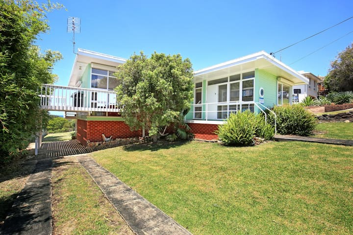 Jack's Place- your place to enjoy the coast - Gerringong - Huis