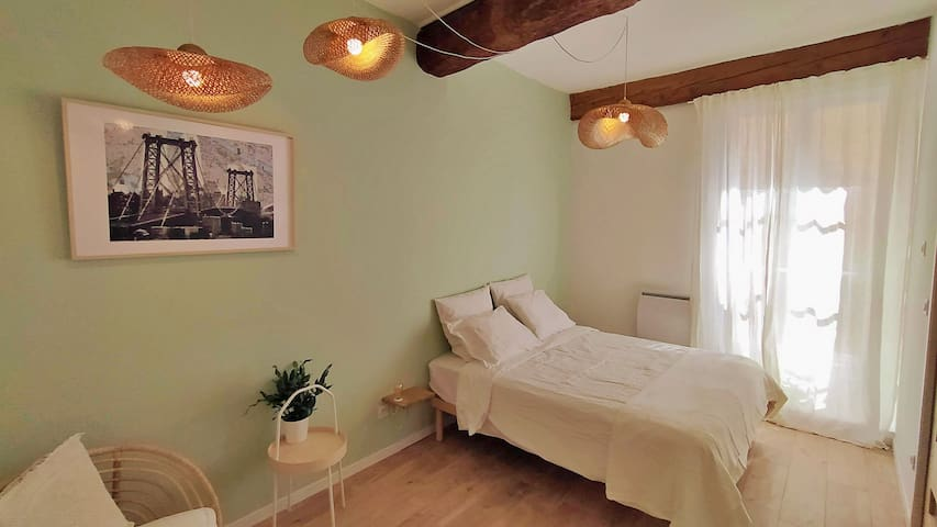 HARMONIA - Private bedroom in LePrince B&B  double bed
