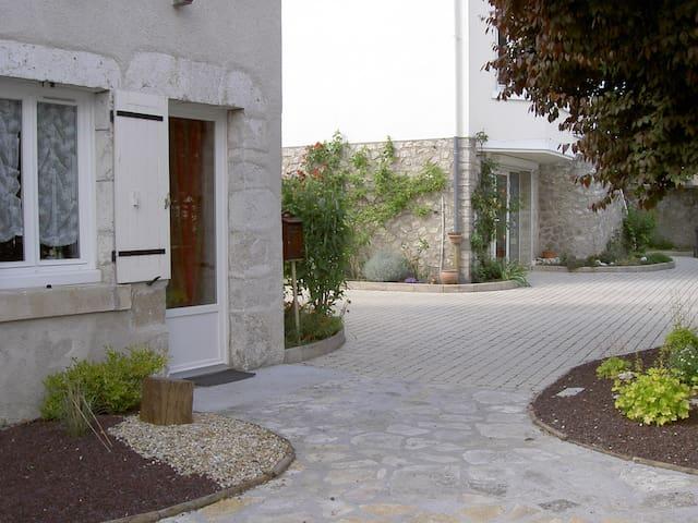 Petite maison indépendante - Blois - Huis